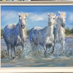 Тройка белых коней